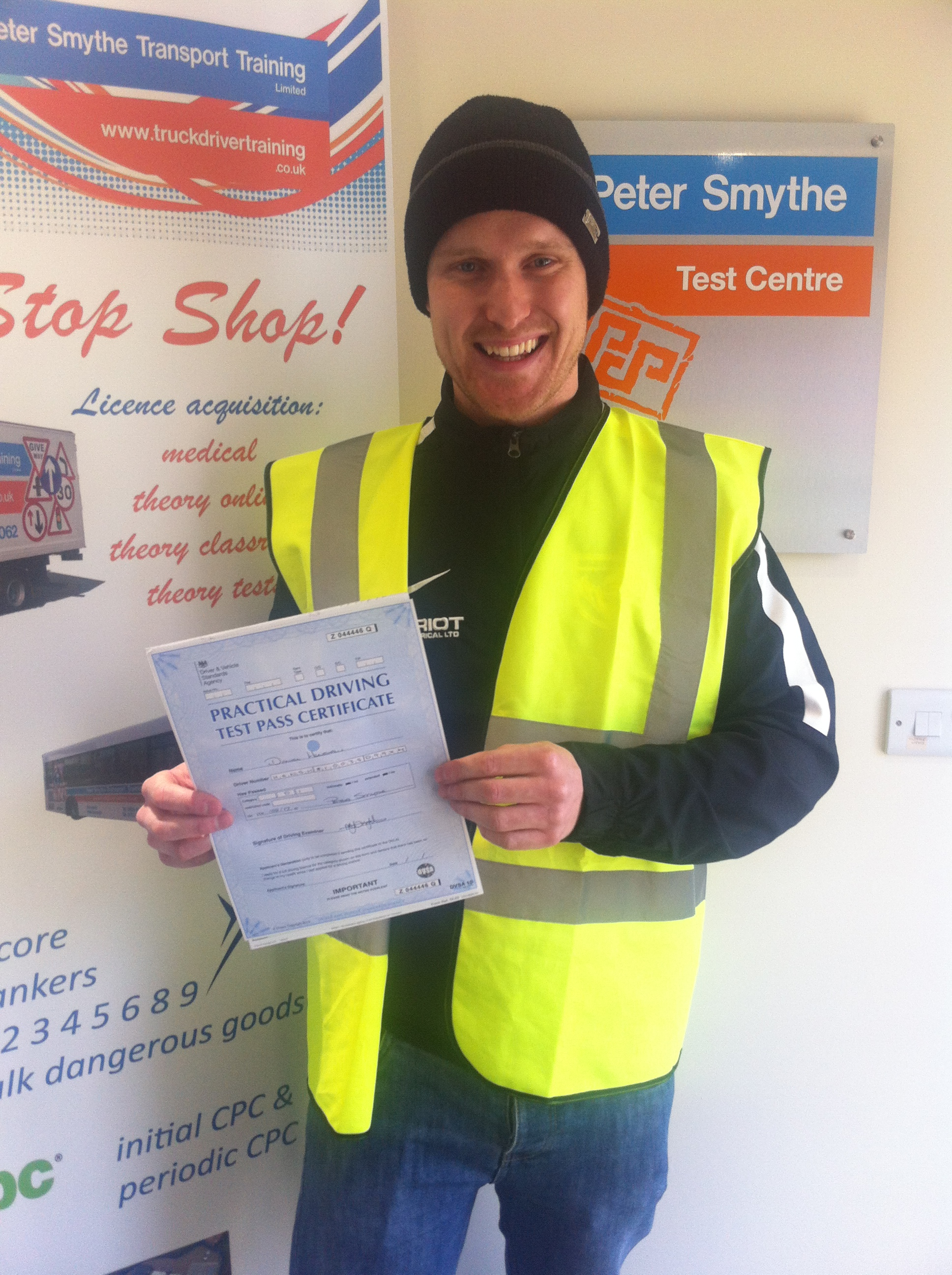 Daniel Henshaw from Matlock PASSED CAT D1