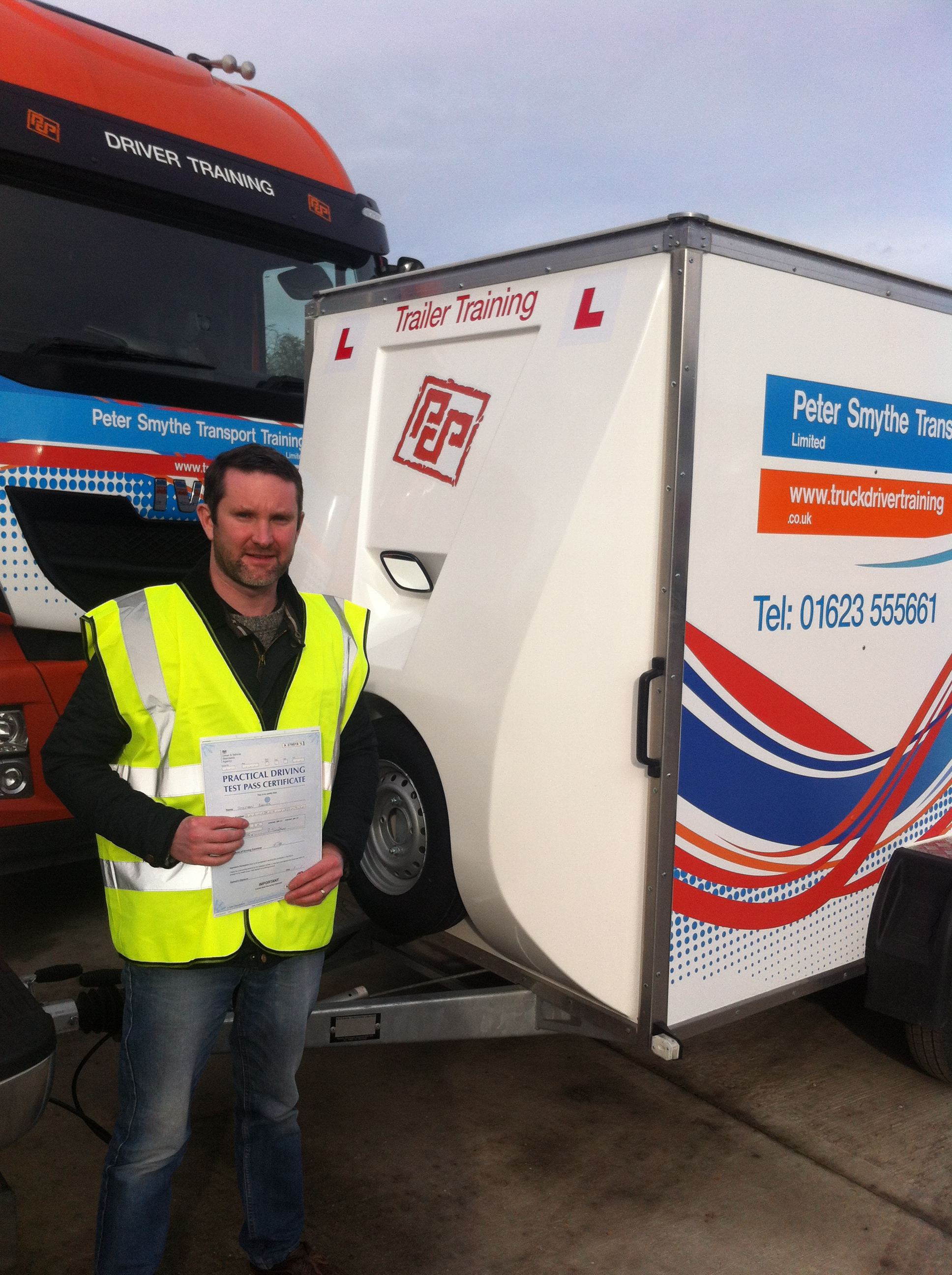 Stephen Barnes from Kirkby In Ashfield PASSED CAT B+E #ipassedwithpstt