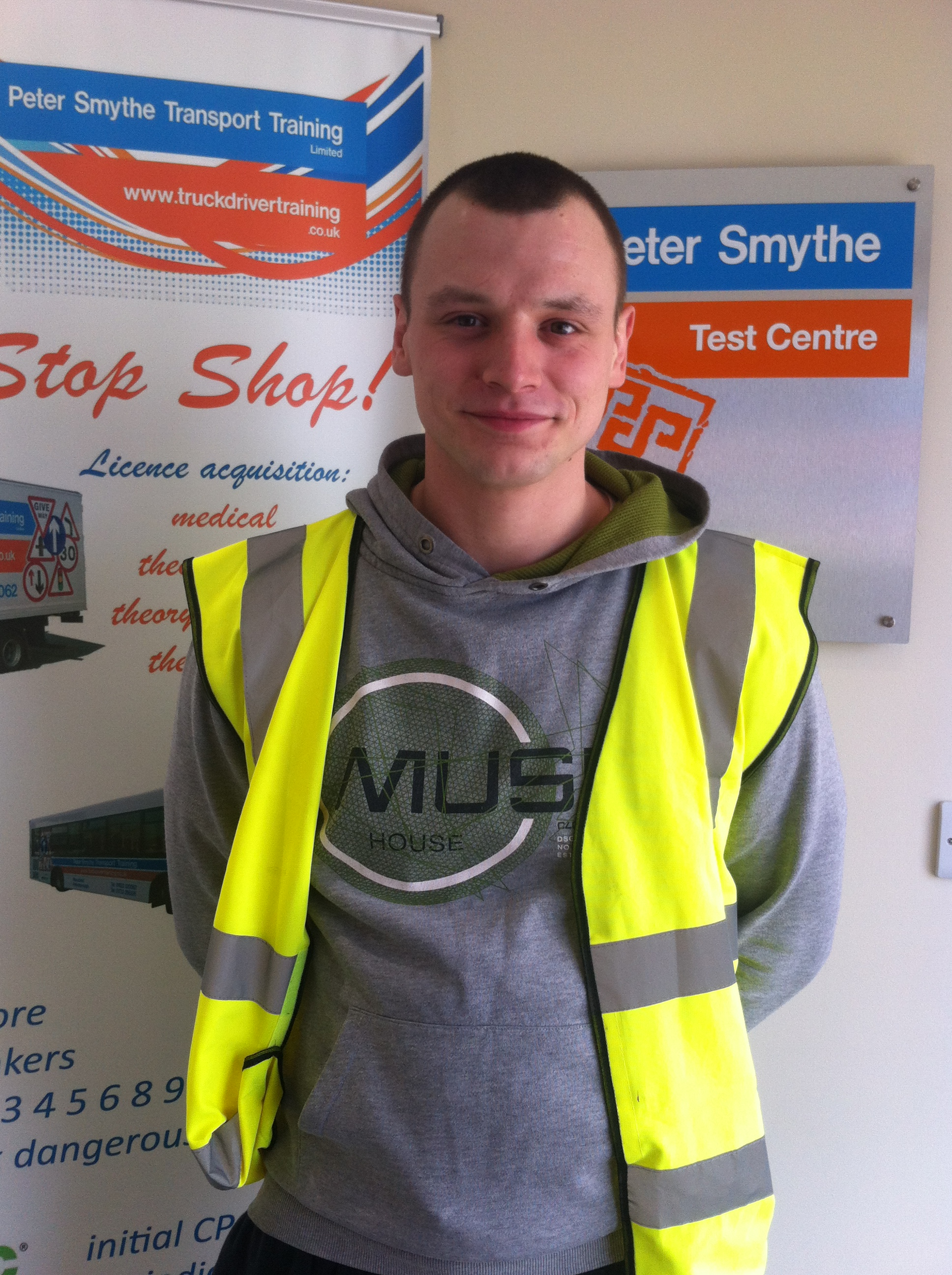 Dawid Nytko from Mansfield PASSED HGV CLASS 1 #ipassedwithpstt